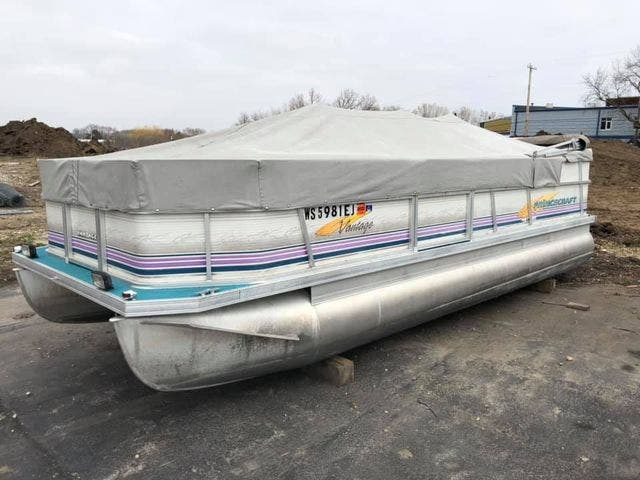 1997 Princecraft boat for sale, model of the boat is VANTAGE & Image # 3 of 14