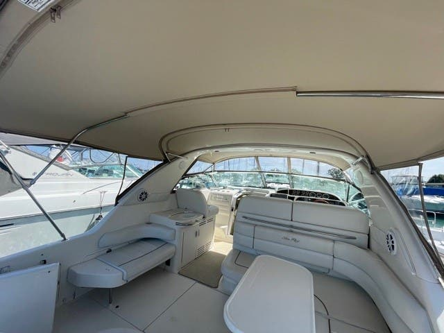 1997 Sea Ray boat for sale, model of the boat is 370 SUNDANCER & Image # 5 of 37