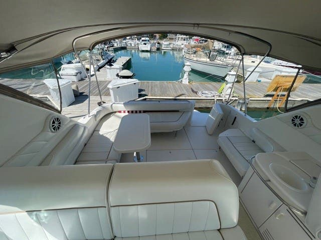 1997 Sea Ray boat for sale, model of the boat is 370 SUNDANCER & Image # 17 of 37