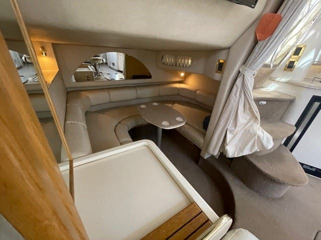 1997 Sea Ray boat for sale, model of the boat is 370 SUNDANCER & Image # 25 of 37