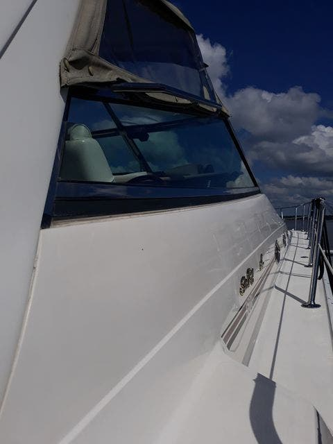 1997 Sea Ray boat for sale, model of the boat is 50' SUNDANCER & Image # 5 of 67