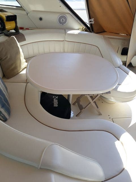 1997 Sea Ray boat for sale, model of the boat is 50' SUNDANCER & Image # 17 of 67