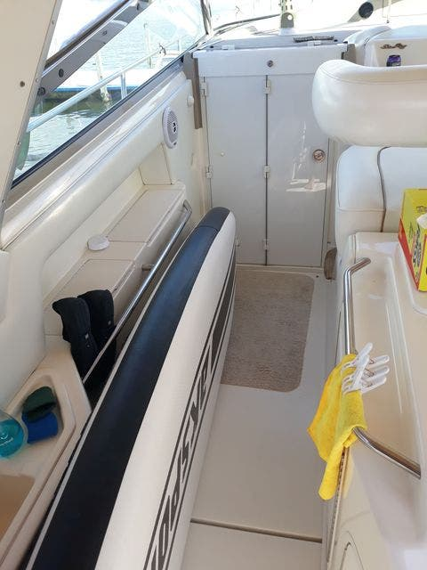1997 Sea Ray boat for sale, model of the boat is 50' SUNDANCER & Image # 19 of 67