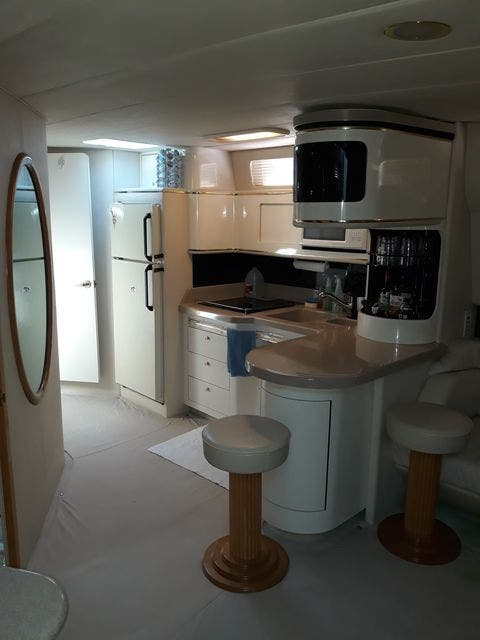 1997 Sea Ray boat for sale, model of the boat is 50' SUNDANCER & Image # 27 of 67