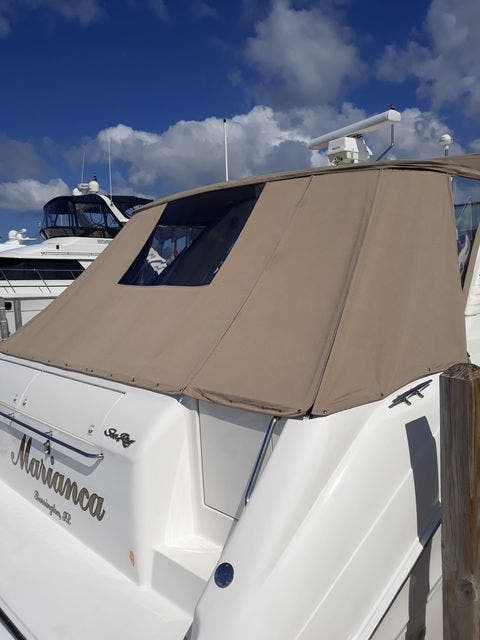 1997 Sea Ray boat for sale, model of the boat is 50' SUNDANCER & Image # 55 of 67