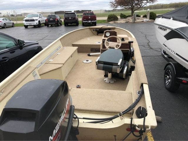1997 Smoker Craft boat for sale, model of the boat is 15 RESORTER & Image # 4 of 14