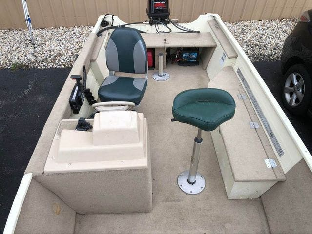1997 Smoker Craft boat for sale, model of the boat is 15 RESORTER & Image # 5 of 14