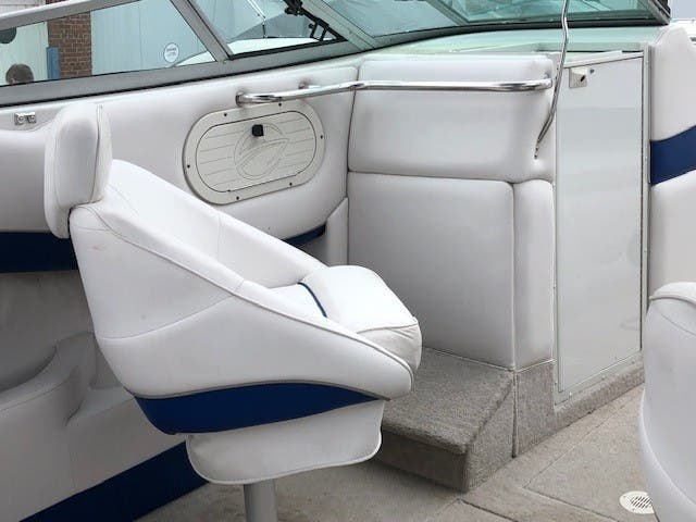 1998 Crownline boat for sale, model of the boat is 266 BR & Image # 5 of 5
