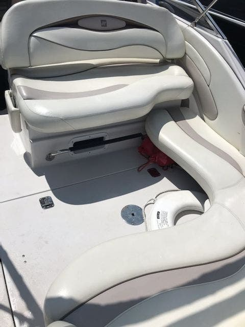 1998 Four Winns boat for sale, model of the boat is 238VISTA & Image # 7 of 32