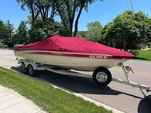 1998 Mastercraft boat for sale, model of the boat is 225VRS & Image # 3 of 36
