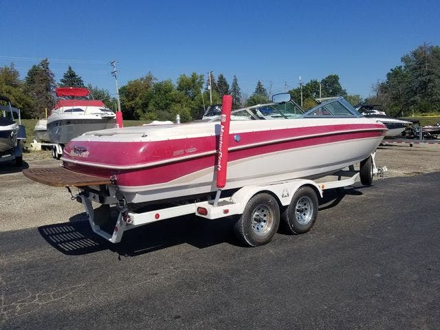 1998 Mastercraft boat for sale, model of the boat is 225VRS & Image # 4 of 36