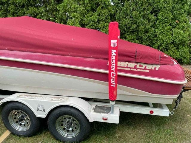 1998 Mastercraft boat for sale, model of the boat is 225VRS & Image # 8 of 36
