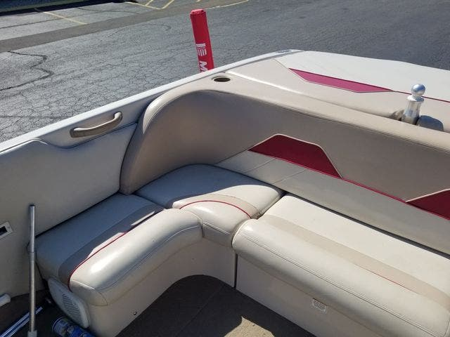 1998 Mastercraft boat for sale, model of the boat is 225VRS & Image # 10 of 36