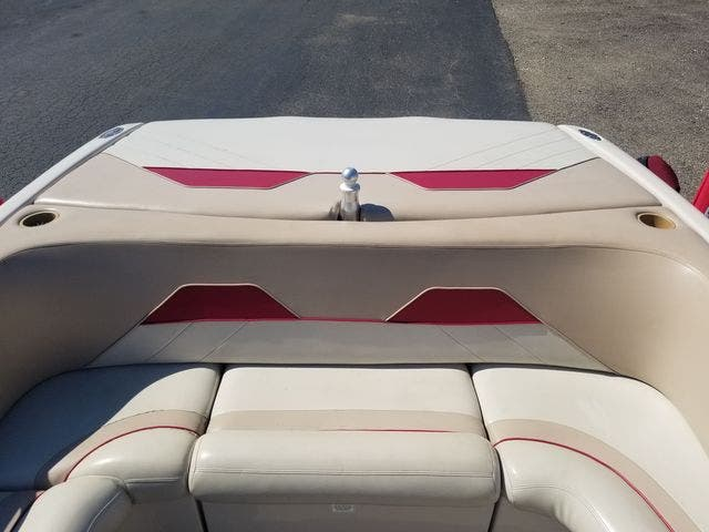 1998 Mastercraft boat for sale, model of the boat is 225VRS & Image # 12 of 36