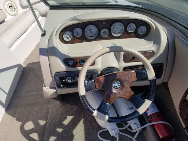 1998 Mastercraft boat for sale, model of the boat is 225VRS & Image # 23 of 36