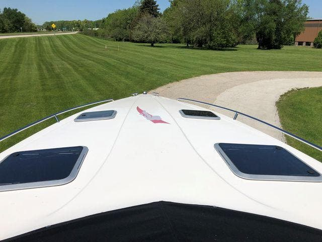 1998 Mirage boat for sale, model of the boat is 314 SZ & Image # 6 of 22