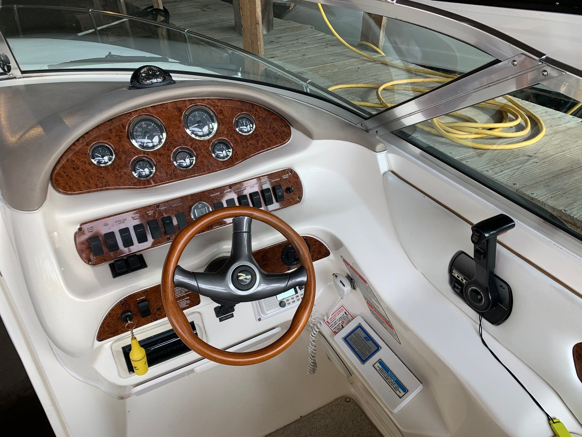 1998 Sea Ray boat for sale, model of the boat is 280 Sunsport & Image # 6 of 11
