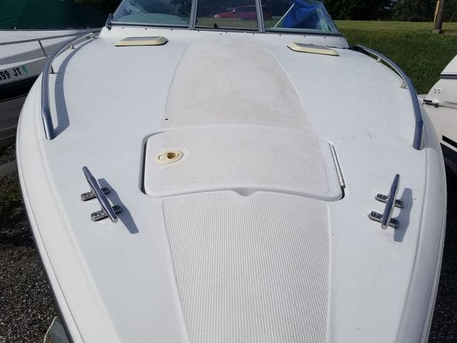 1998 Thunderbird boat for sale, model of the boat is 2500 CD & Image # 4 of 30
