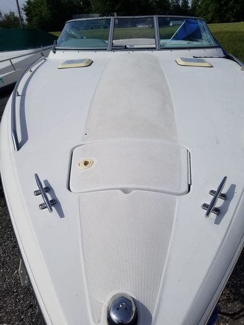 1998 Thunderbird boat for sale, model of the boat is 2500 CD & Image # 5 of 30