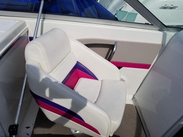 1998 Thunderbird boat for sale, model of the boat is 2500 CD & Image # 11 of 30