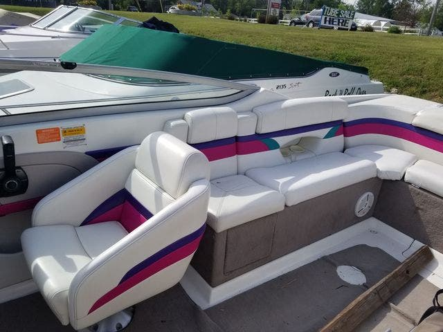 1998 Thunderbird boat for sale, model of the boat is 2500 CD & Image # 12 of 30