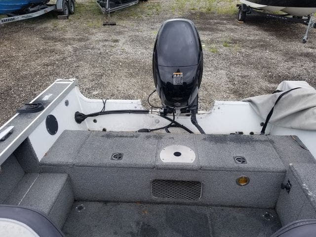 1999 Alumacraft boat for sale, model of the boat is 165 MAG & Image # 3 of 16