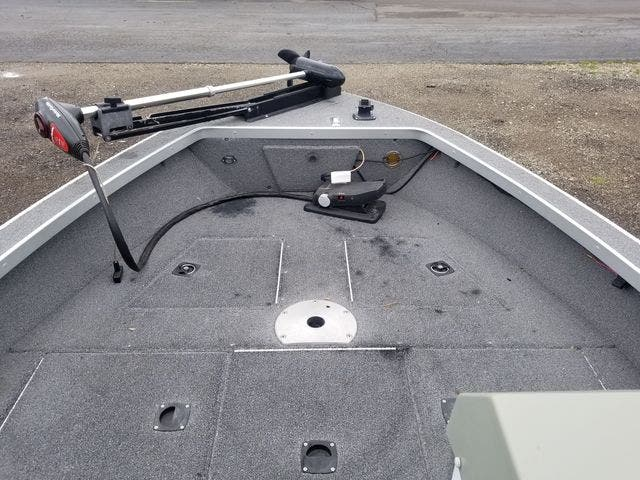 1999 Alumacraft boat for sale, model of the boat is 165 MAG & Image # 7 of 16