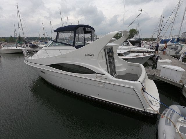 1999 Carver boat for sale, model of the boat is 350MARINER & Image # 4 of 36