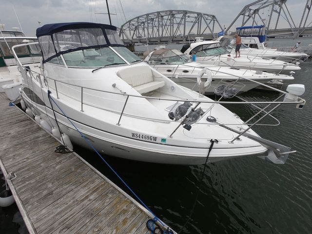 1999 Carver boat for sale, model of the boat is 350MARINER & Image # 9 of 36