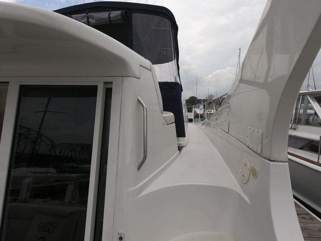 1999 Carver boat for sale, model of the boat is 350MARINER & Image # 15 of 36