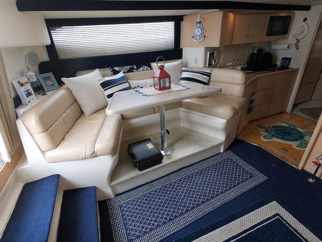 1999 Carver boat for sale, model of the boat is 350MARINER & Image # 24 of 36