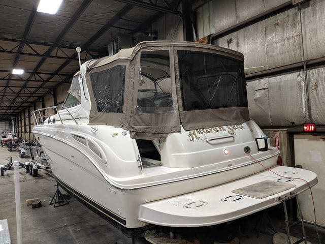 1999 Sea Ray boat for sale, model of the boat is 380 SUNDANCER & Image # 4 of 40