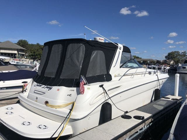 1999 Sea Ray boat for sale, model of the boat is 380 SUNDANCER & Image # 3 of 28