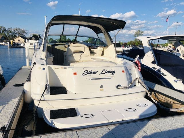 1999 Sea Ray boat for sale, model of the boat is 380 SUNDANCER & Image # 26 of 28