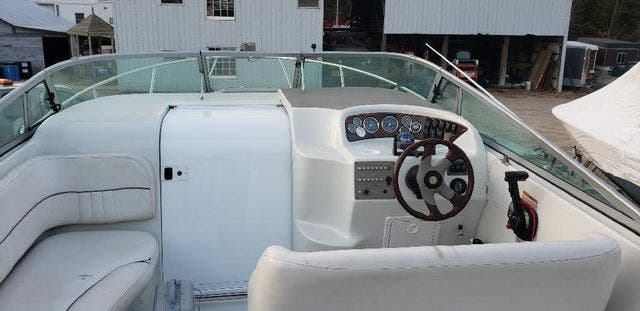 2000 Crownline boat for sale, model of the boat is 242CR & Image # 8 of 22