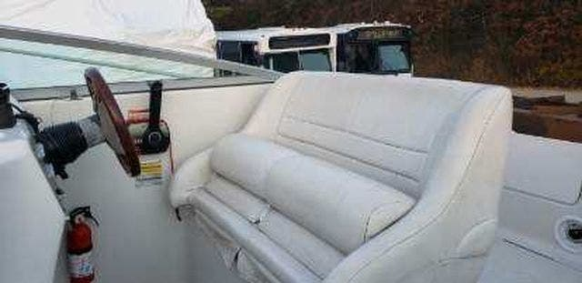 2000 Crownline boat for sale, model of the boat is 242CR & Image # 9 of 22