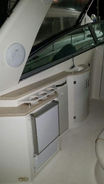 2000 Monterey boat for sale, model of the boat is 322 Cruiser & Image # 13 of 20