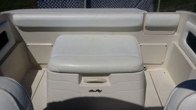 2000 Sea Ray boat for sale, model of the boat is 215EC & Image # 6 of 7
