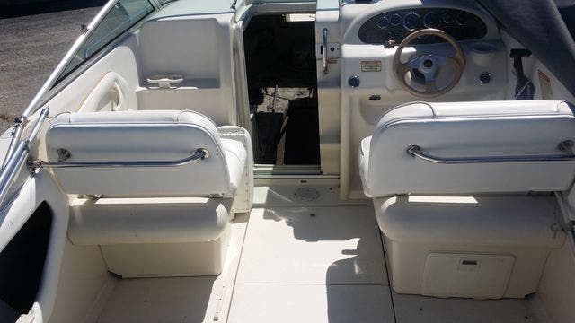 2000 Sea Ray boat for sale, model of the boat is 215EC & Image # 7 of 7