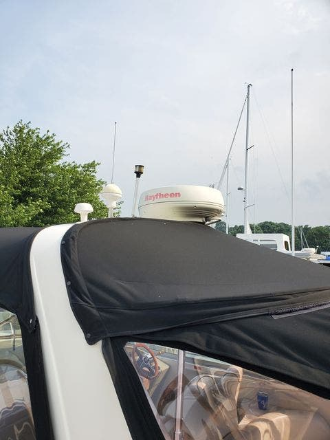 2000 Sea Ray boat for sale, model of the boat is 340DA & Image # 9 of 46