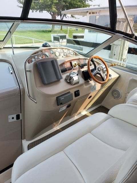 2000 Sea Ray boat for sale, model of the boat is 340DA & Image # 22 of 46