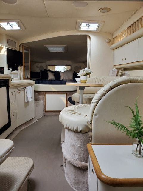 2000 Sea Ray boat for sale, model of the boat is 340DA & Image # 29 of 46