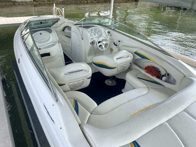 2000 Wellcraft boat for sale, model of the boat is 23 EXCALIBUR & Image # 7 of 24