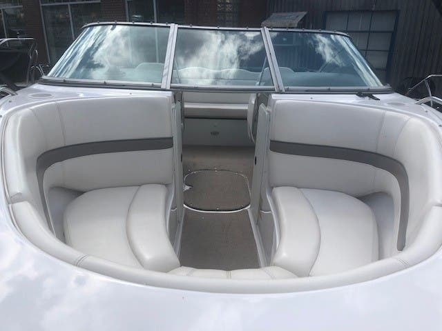 2001 Four Winns boat for sale, model of the boat is 200 HORIZON & Image # 3 of 10