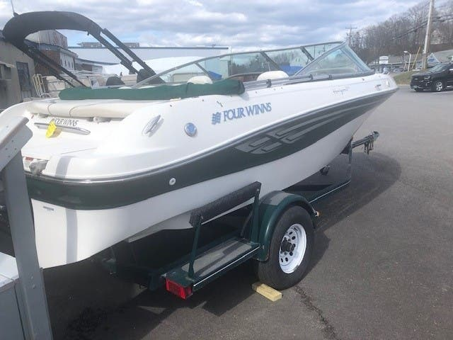 2001 Four Winns boat for sale, model of the boat is 200 HORIZON & Image # 10 of 10