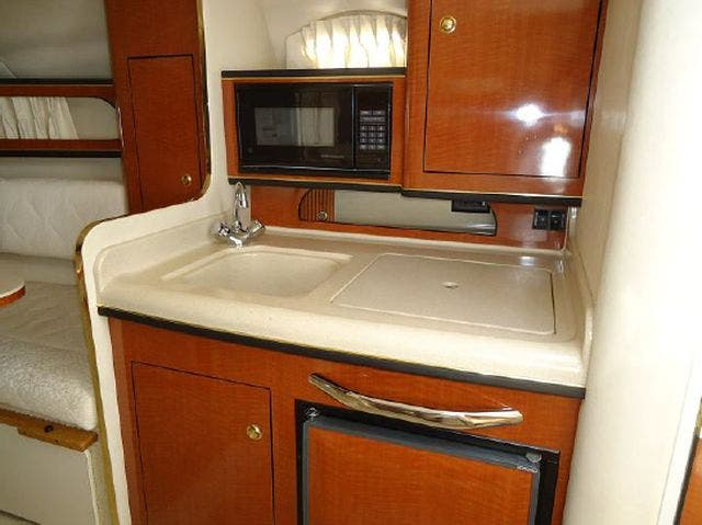 2001 Sea Ray boat for sale, model of the boat is 280 SUNDANCER & Image # 10 of 14