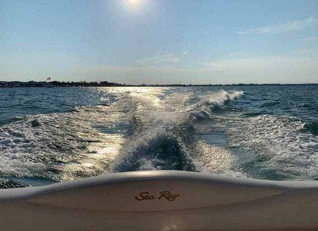 2001 Sea Ray boat for sale, model of the boat is 280 SUNDANCER & Image # 14 of 14