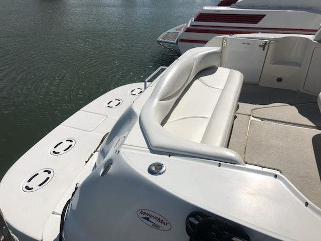 2001 Sea Ray boat for sale, model of the boat is 410EC & Image # 11 of 58