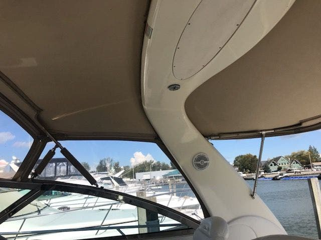 2001 Sea Ray boat for sale, model of the boat is 410EC & Image # 19 of 58