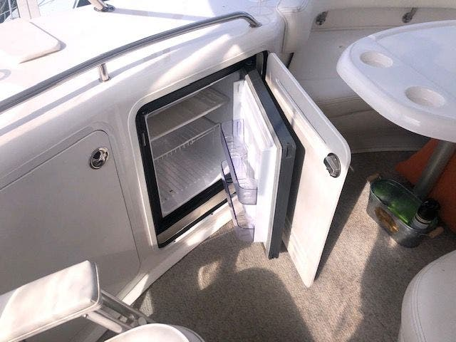 2001 Sea Ray boat for sale, model of the boat is 480SEDANBRIDGE & Image # 6 of 55